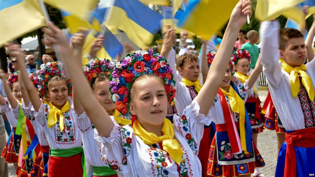 Українці стали найбільшою громадою іноземців у Литві | Газета ...